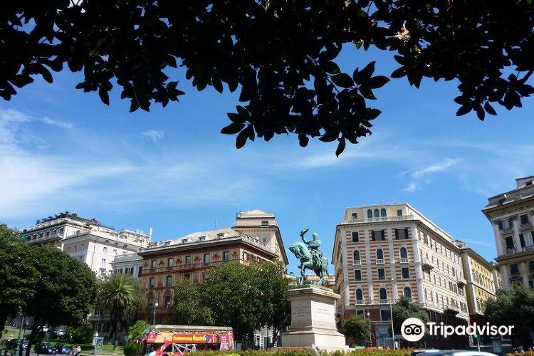 Piazza Corvetto2