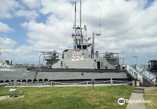 USS Cod Submarine Memorial1