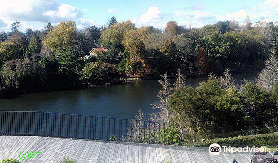Victoria on the River3