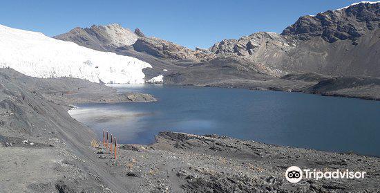Pastoruri Glacier1