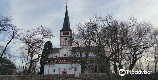 黑萊茵村雙體教堂2