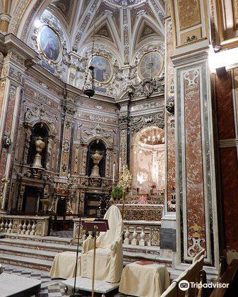 Basilica Santuario del Carmine Maggiore1
