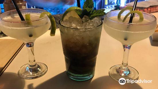 Martin's Cocktail Bar