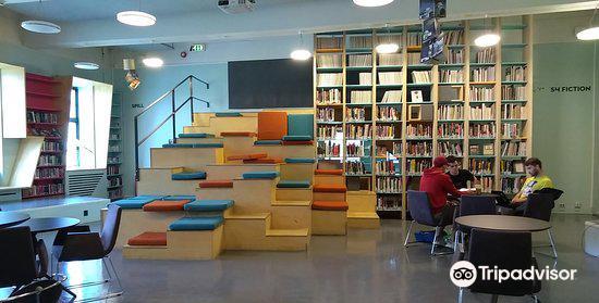 Bergen Public Library2