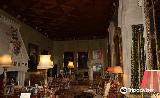 Arundel Castle & Gardens4