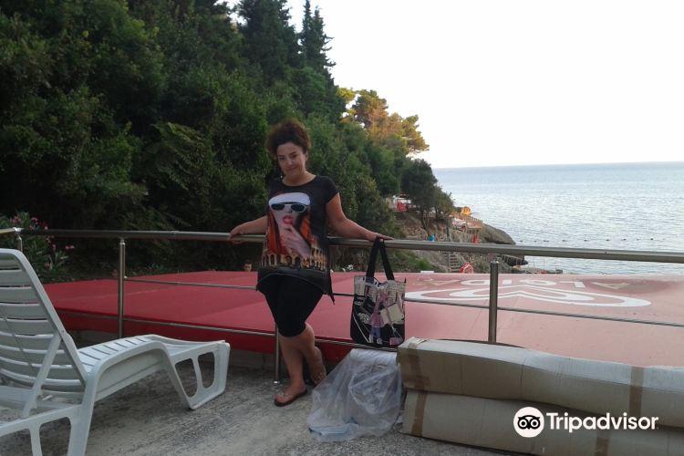 Ladies Beach3