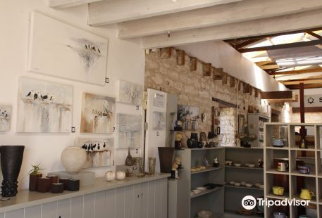 Stone Fish Studio and Gallery
