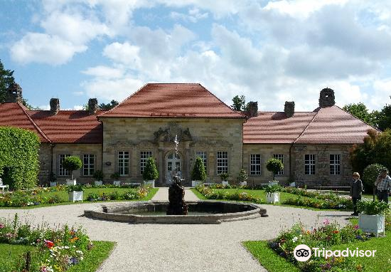 Hermitage Castle (Altes Schloss Ermitage)2