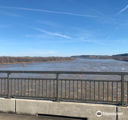 Big Dam Bridge2
