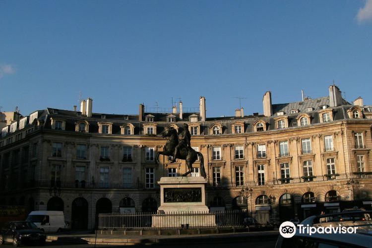 Place des Victoires1
