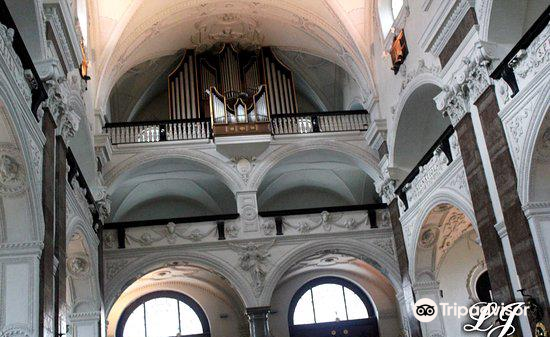 Jesuit Church3