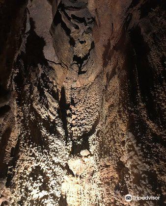 Onyx Cave3