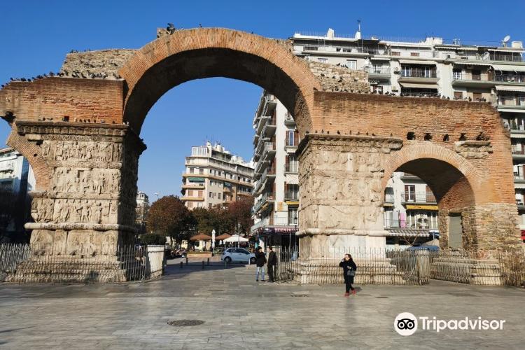 Arch of Galerius2