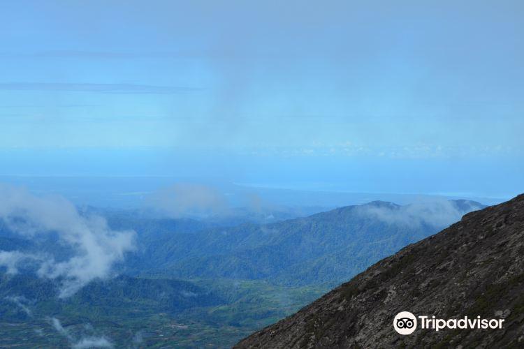 Mount Kerinci3
