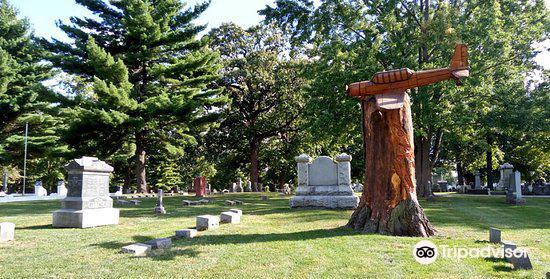 Evergreen Memorial Cemetery1