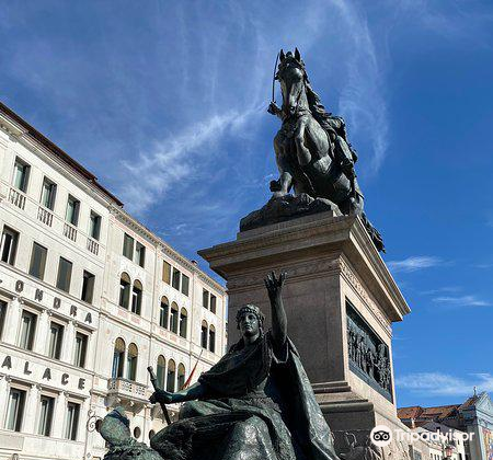 Monumento a Vittorio Emanuele II1