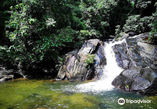 Ton Pring Waterfall1