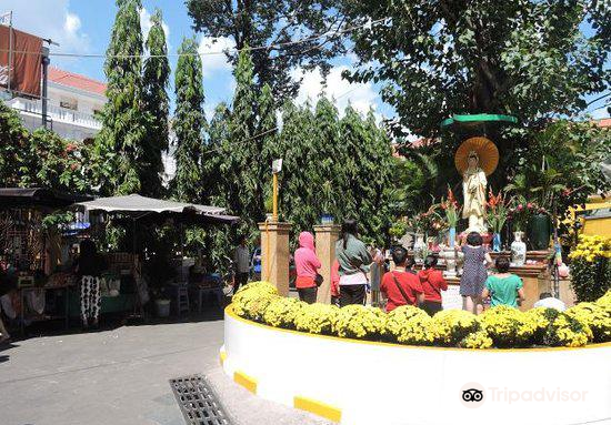 Temple of the Buddha's Relic (Xa Loi pagoda)2