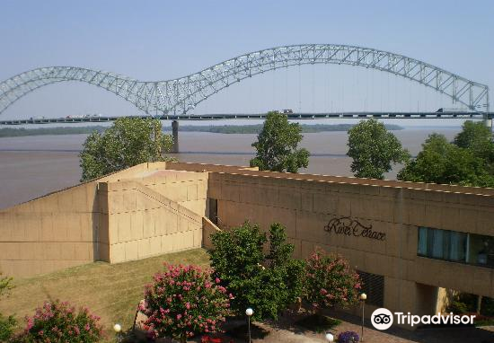 Mississippi River Museum at Mud Island4