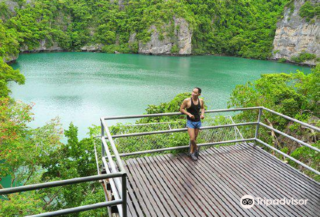 Blue Lagoon (Emerald Lake)