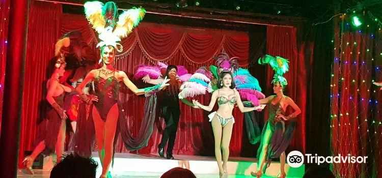 Cabaret Paris Follies3