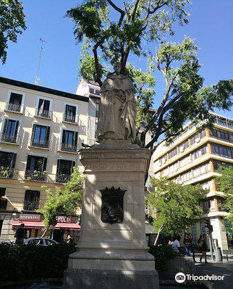 Plaza de Jacinto Benavente3