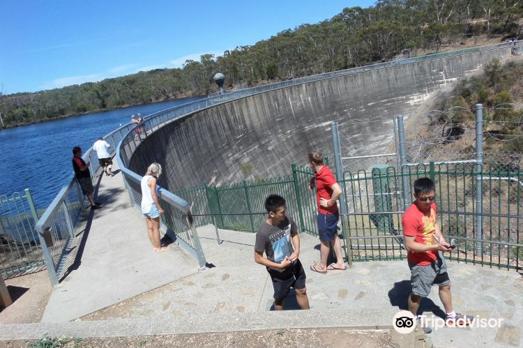 Whispering Wall Williamstown4