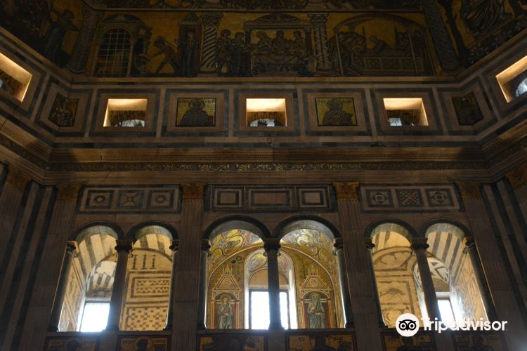 Baptistery of San Giovanni (Battistero)3