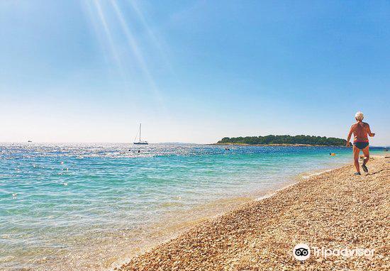 Velika Raduca beach1