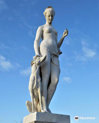 """La statue """"Diane""""4"""