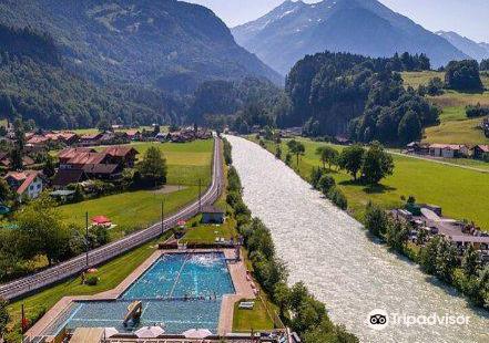 Schwimmbad Meiringen