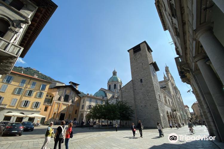 Cathedral of Como (Duomo)3