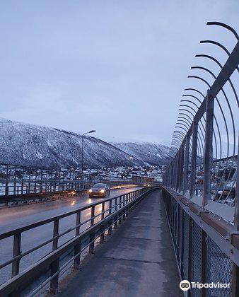 Tromso Bridge4