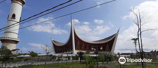 Grand Mosque of West Sumatra2