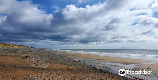Cranfield Beach3