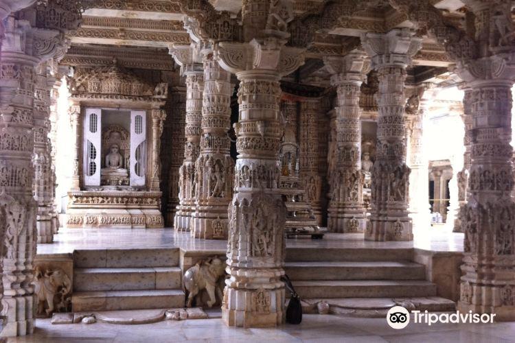 迪爾瓦拉寺廟群3
