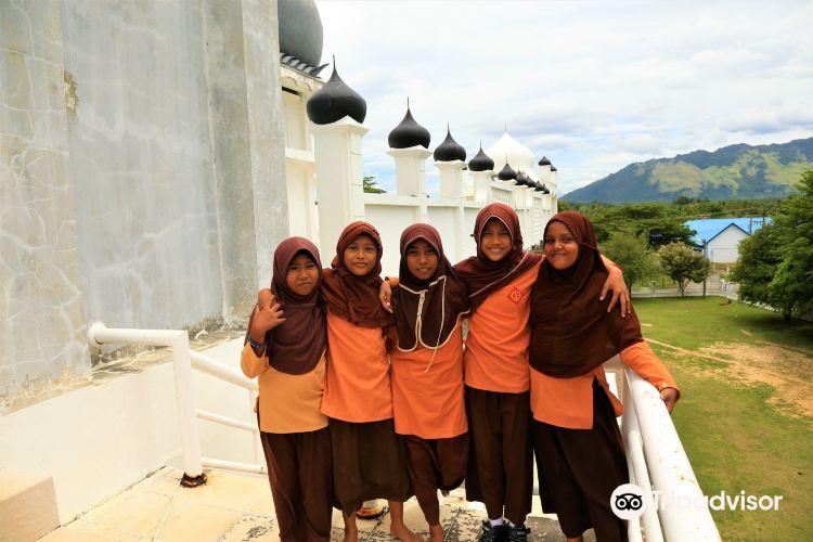Raya Mosque2