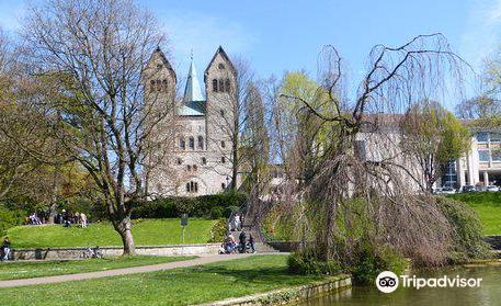 Abdinghofkirche