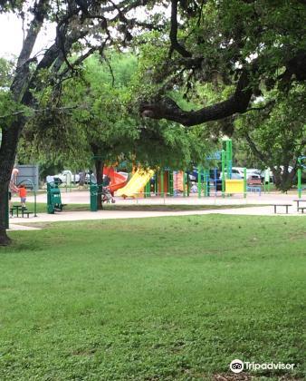 McAllister Dog Park1
