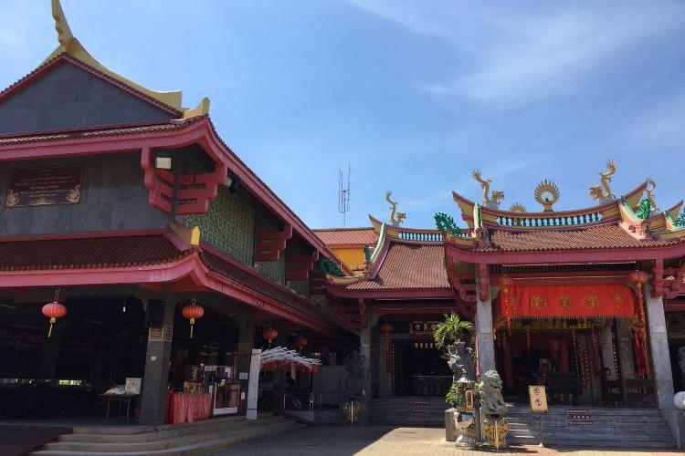 Jui Tui Shrine4