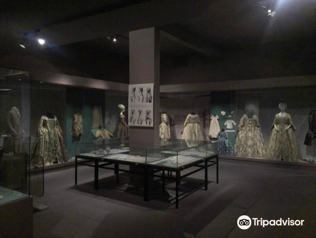 Musée du Costume et de la Dentelle4