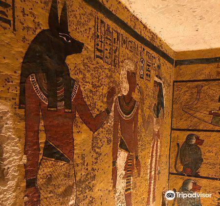 Tomb of King Tutankhamun (Tut)2
