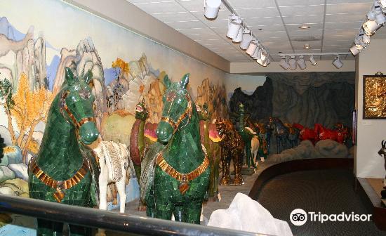 Belz Museum of Asian & Judaic Art4