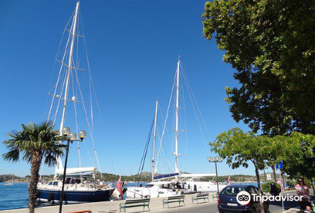 Channel-Harbour